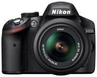 ���� Nikon D3200 Kit